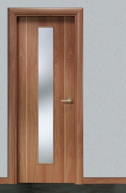 Puerta de cedro